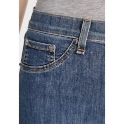 Rag & bone Jeans Skinny Fit gamble. Niebieskie boyfriendy damskie rag & bone. W wyprzedaży za 571,35 zł.