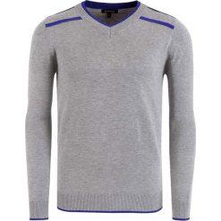 Swetry klasyczne męskie: Sweter w kolorze szaro-niebieskim