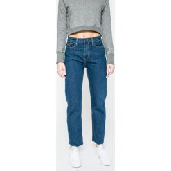 Calvin Klein Jeans - Jeansy Ankle High Rise. Niebieskie proste jeansy damskie marki Calvin Klein Jeans, z podwyższonym stanem. W wyprzedaży za 239,90 zł.