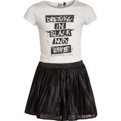 Sukienki dziewczęce z falbanami: 3 Pommes KID ROCK GIRL DRESS SHORT SLEEVES Sukienka z dżerseju black