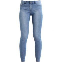 Vero Moda VMSEVEN  Jeans Skinny Fit light blue denim. Niebieskie rurki damskie Vero Moda. Za 129,00 zł.