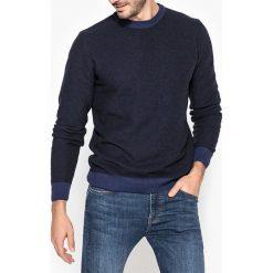 Swetry damskie: Sweter z okrągłym dekoltem wykonany z dzianiny o grubym splocie