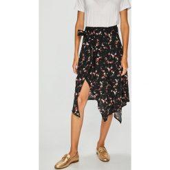 Answear - Spódnica Falling In Autumn. Szare spódniczki asymetryczne marki Miss Sixty, m, z dzianiny, midi. W wyprzedaży za 79,90 zł.