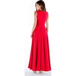 Sukienki hiszpanki: Sukienka w kolorze czerownym
