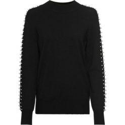 Sweter z perełkami bonprix czarny. Czarne swetry klasyczne damskie marki bonprix. Za 59,99 zł.
