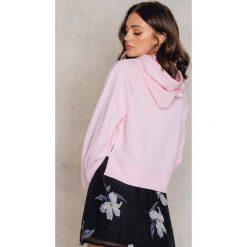 Bluzy rozpinane damskie: Cheap Monday Bluza z kapturem Attract - Pink
