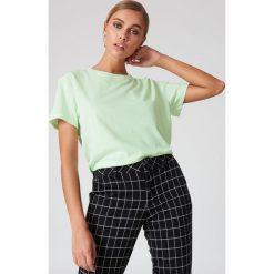 NA-KD Basic T-shirt oversize - Green. Różowe t-shirty damskie marki NA-KD Basic, z bawełny. W wyprzedaży za 26,48 zł.