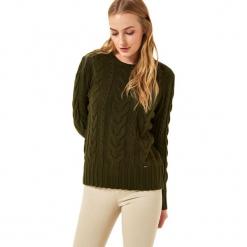 Sweter w kolorze khaki. Brązowe swetry klasyczne damskie Jimmy Sanders, l, ze splotem, z okrągłym kołnierzem. W wyprzedaży za 99,95 zł.