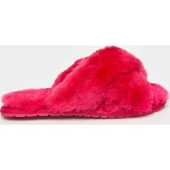 Emu Australia - Kapcie Mayberry. Czerwone kapcie damskie EMU Australia, z gumy. Za 249,90 zł.