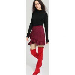 Czarny Sweter Remember. Czarne swetry klasyczne damskie other, na jesień, l. Za 59,99 zł.
