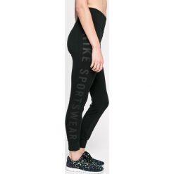 Nike Sportswear - Legginsy. Czarne legginsy marki Nike Sportswear, s, z bawełny. W wyprzedaży za 139,90 zł.