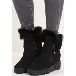 Czarne Sneakersy Be a Fool. Czarne buty zimowe damskie Born2be, z materiału, z okrągłym noskiem, na koturnie, na zamek. Za 59,99 zł.