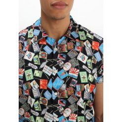 Koszule męskie na spinki: Scotch & Soda ALLOVER PRINT SHORT SLEEVE HAWAIAN Koszula combo