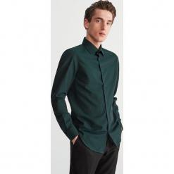 Bawełniana koszula slim fit - Turkusowy. Niebieskie koszule męskie slim Reserved, m, z bawełny. Za 119,99 zł.