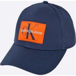 Calvin Klein Jeans - Czapka. Niebieskie czapki z daszkiem męskie Calvin Klein Jeans, z bawełny. W wyprzedaży za 119,90 zł.
