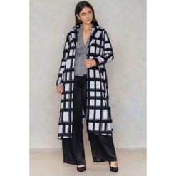NA-KD Płaszcz w kratę - Black,Multicolor. Czarne płaszcze damskie wełniane NA-KD, w paski. Za 364,95 zł.