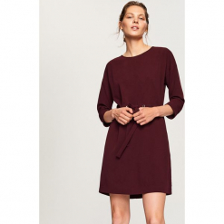 Sukienka z wiązaniem w talii - Fioletowy. Fioletowe sukienki z falbanami marki DOMYOS, l, z bawełny. Za 79,99 zł.