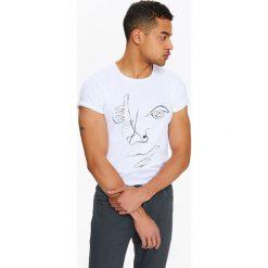 T-shirty męskie z nadrukiem: T-SHIRT MĘSKI Z ARTYSTYCZNYM NADRUKIEM