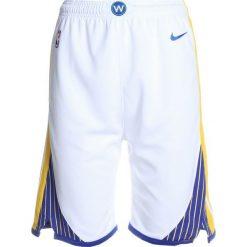 Nike Performance SWINGMAN ASSOCIATION SHORT  Krótkie spodenki sportowe white/yellow. Białe spodenki chłopięce marki Nike Performance, z materiału, sportowe. W wyprzedaży za 127,20 zł.