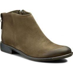 Botki CARINII - B3707 I43-000-PSK-507. Zielone buty zimowe damskie Carinii, z materiału, na obcasie. W wyprzedaży za 239,00 zł.