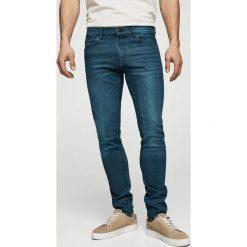 Mango Man - Jeansy Jude2. Niebieskie jeansy męskie skinny marki Mango Man, z bawełny. W wyprzedaży za 99,90 zł.