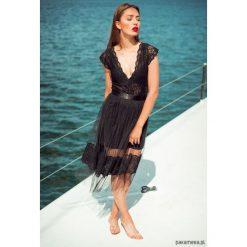 Spódniczki: Tiulowa spódnica czarna midi z koronką