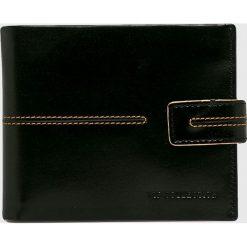 VIP COLLECTION - Portfel skórzany London. Czarne portfele męskie VIP COLLECTION, z materiału. W wyprzedaży za 119,90 zł.