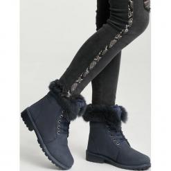 Granatowe Traperki Excitability. Niebieskie buty zimowe damskie marki other, z materiału, z okrągłym noskiem, na obcasie. Za 99,99 zł.