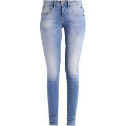 Freeman T. Porter CLARA  Jeansy Slim Fit flexy baby blue. Niebieskie jeansy damskie Freeman T. Porter. W wyprzedaży za 227,40 zł.