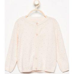 Sweter zapinany na guziki - Kremowy. Zielone swetry dziewczęce marki Reserved, l, bez rękawów. W wyprzedaży za 29,99 zł.