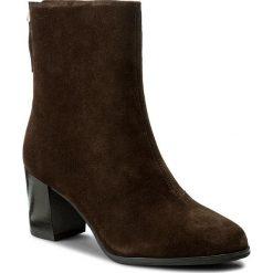 Botki VAGABOND - Lottie 4421-040-31 Java. Brązowe buty zimowe damskie marki Vagabond, z materiału, na obcasie. W wyprzedaży za 349,00 zł.