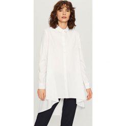 Asymetryczna koszula - Biały. Szare koszule damskie marki Mohito, l, z asymetrycznym kołnierzem. Za 89,99 zł.