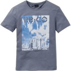 T-shirty męskie z nadrukiem: T-shirt Slim Fit bonprix dymny niebieski z nadrukiem