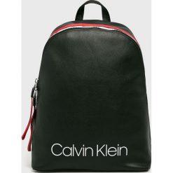 Calvin Klein - Plecak. Czarne plecaki damskie Calvin Klein, z materiału. Za 579,90 zł.