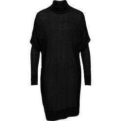 Sweter z golfem oversize bonprix czarny. Czarne swetry oversize damskie marki bonprix. Za 89,99 zł.