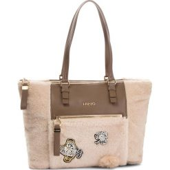 Torebka LIU JO - L Tote Brenta Sheep N68060 E0412  Soia 21404. Brązowe torebki klasyczne damskie Liu Jo, z materiału. Za 599,00 zł.