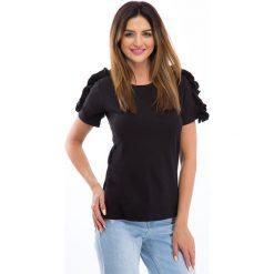 Bluzki damskie: Czarna bluzka z falbankami na ramionach 3514