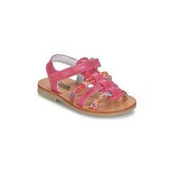Sandały Dziecko  Citrouille et Compagnie  ONDAMITER. Czerwone sandały dziewczęce marki Born2be, z materiału, z otwartym noskiem, na zamek. Za 119,20 zł.