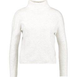 Swetry klasyczne damskie: Miss Selfridge Petite EASY DETAIL HIGH NECK  Sweter cream
