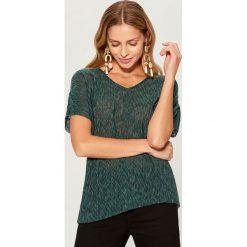 Koszulka z marszczonymi rękawami - Khaki. Brązowe t-shirty damskie Mohito, l. Za 59,99 zł.