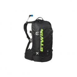 Plecak na rower MTB AM 920 z bukłakiem. Czarne plecaki męskie marki ROCKRIDER, z materiału. Za 199,99 zł.