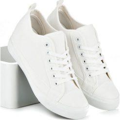 Buty: Białe trampki na koturnie EMELINE