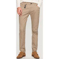 Rurki męskie: Spodnie slim fit – Beżowy