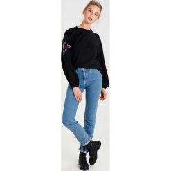 Bluzy rozpinane damskie: YAS YASWONDER EMBROIDERY Bluza black