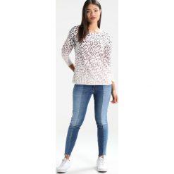 Bluzy rozpinane damskie: Juvia Bluza plum