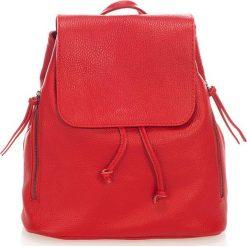 Plecaki damskie: Skórzany plecak w kolorze czerwonym – 36 x 40 x 13 cm
