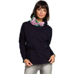Granatowa Ciekawa Bluza Dresowa z Wzorzystym Kołnierzem. Niebieskie bluzy damskie marki Molly.pl, l, w kolorowe wzory, z dresówki. Za 124,90 zł.