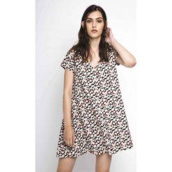 Sukienki hiszpanki: Sukienka krótka, krótki rękaw