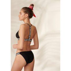 Stroje kąpielowe damskie: Bikini z taśmami – Czarny