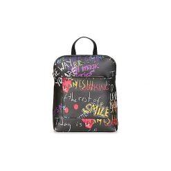 Plecaki Desigual  BOLS GRAFFITI WALL NANAIMO. Czarne plecaki damskie Desigual. Za 349,00 zł.